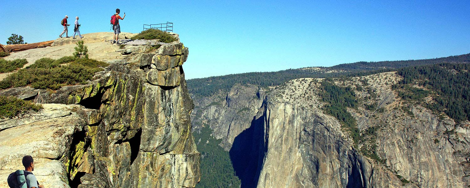 Yosemite-National-Park-Hotel-Specials-and-Vacation-Packages